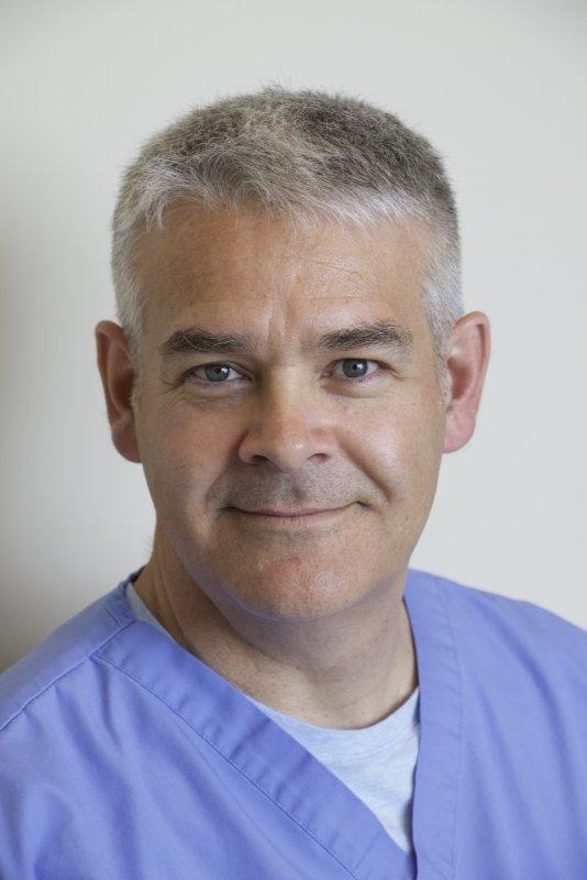 Dr. Francois Flamand FRCS(C)