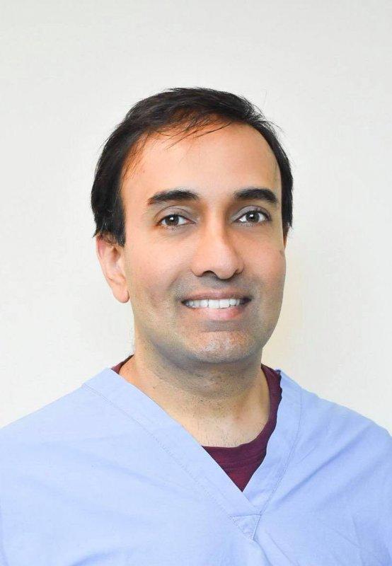 Dr. Neeraj Lakhanpal, MD, CCFP, FCFP, FPA